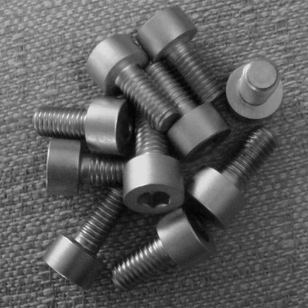 钛紧固件-2